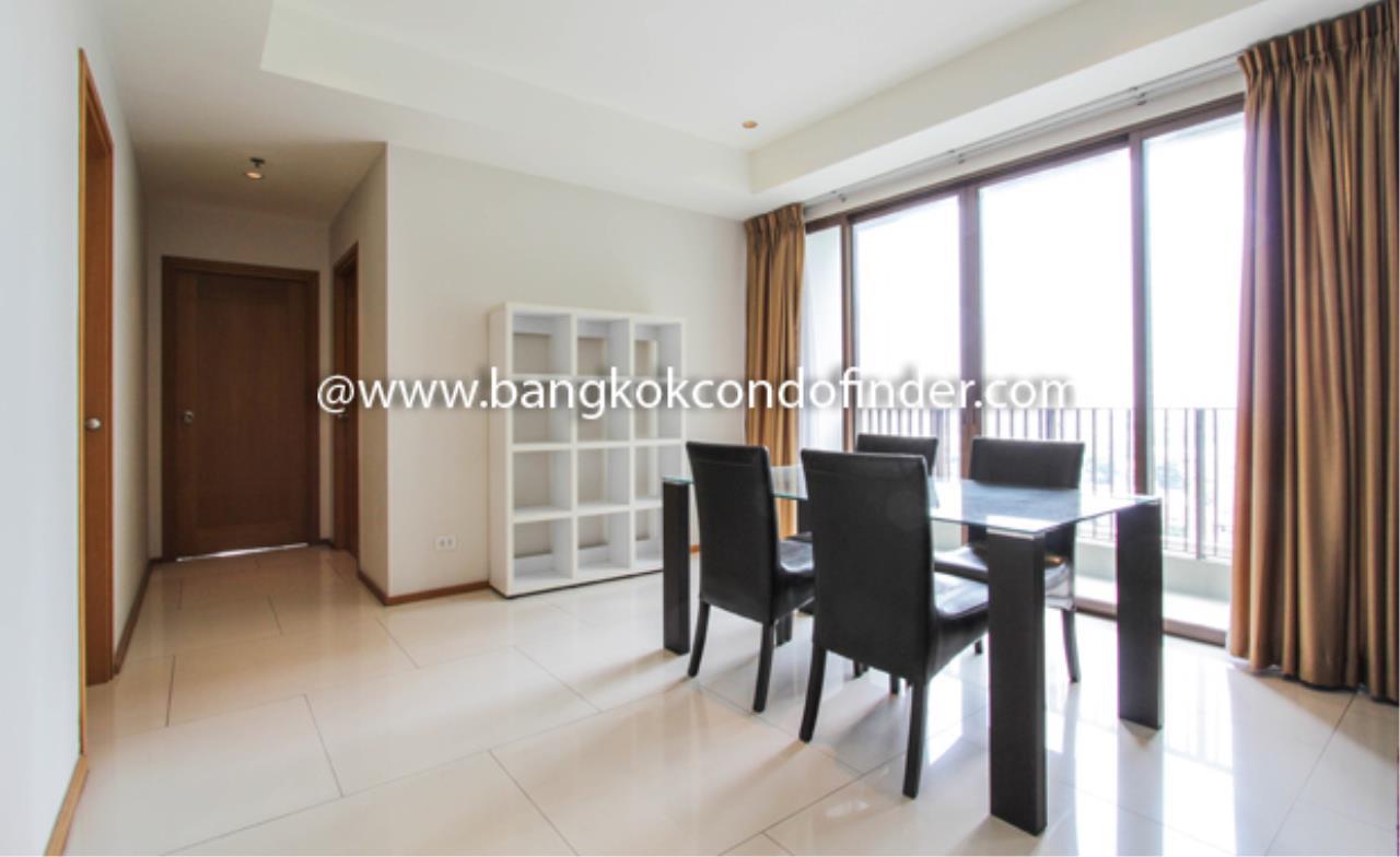 Bangkok Condo Finder Agency's The Emporio Place Sukhumvit 24 Condominium for Rent 8