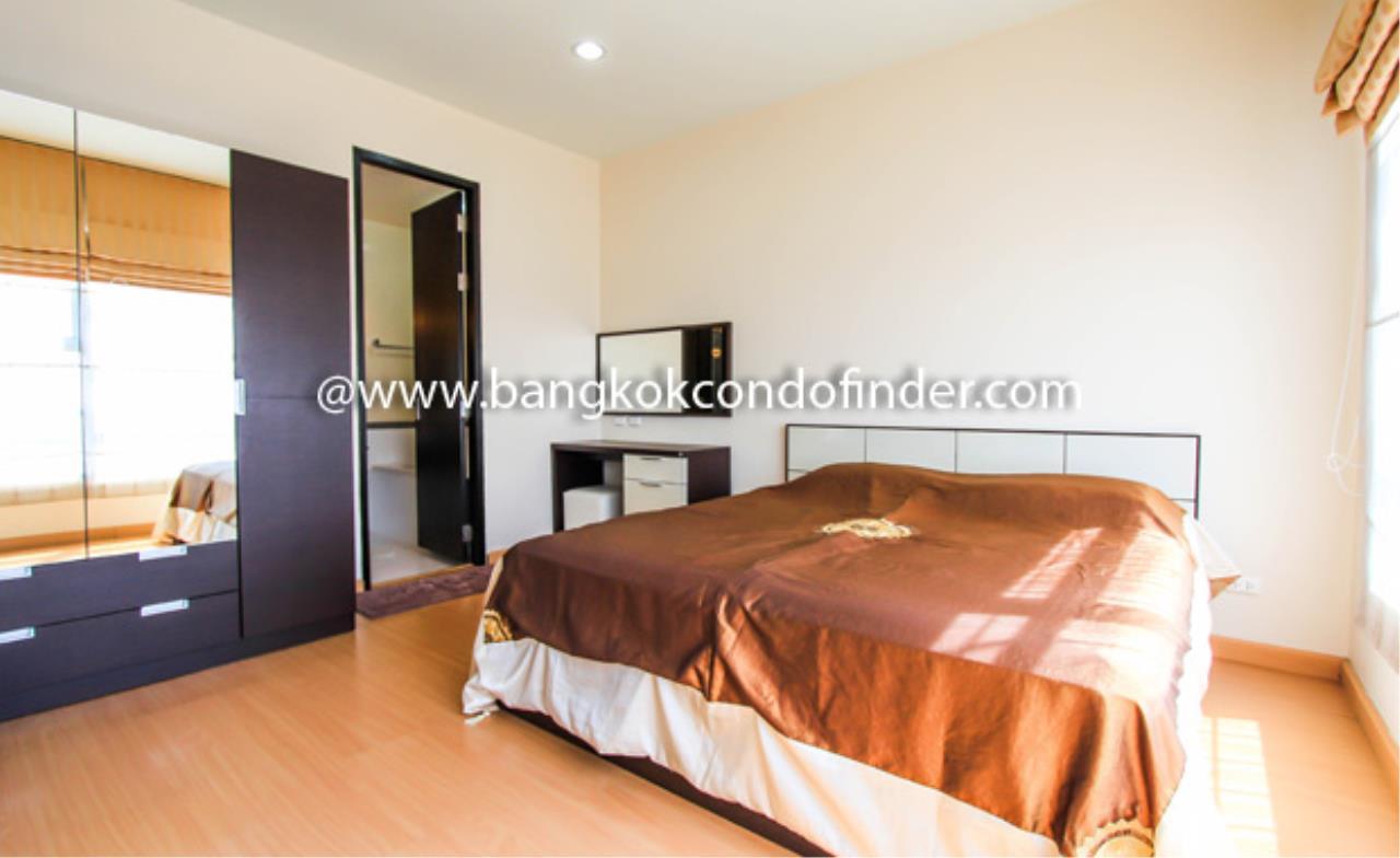Bangkok Condo Finder Agency's Baan Klang Krung Siam-Pratumwan Condominium for Rent 3
