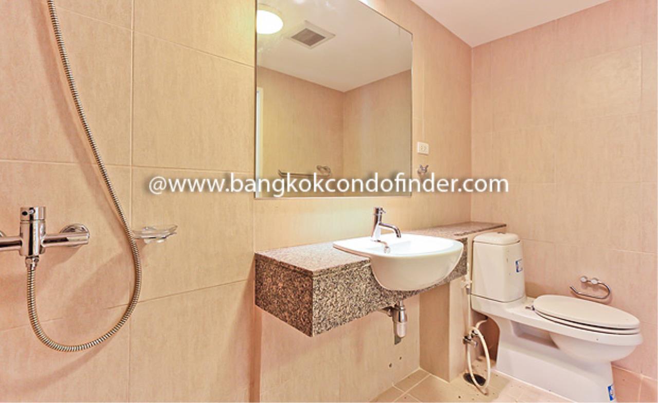Bangkok Condo Finder Agency's The Clover Thonglor Condominium for Rent 2