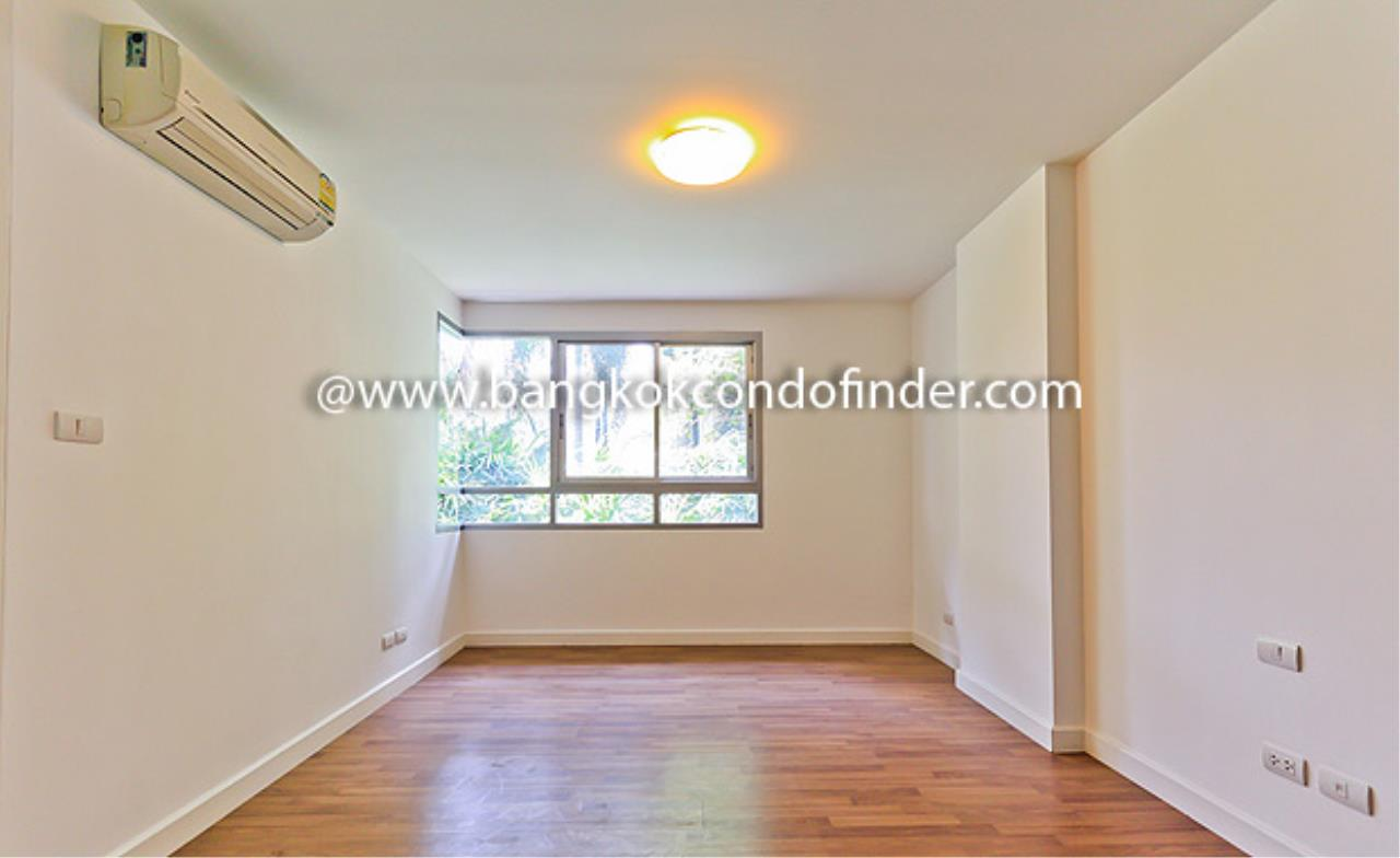 Bangkok Condo Finder Agency's The Clover Thonglor Condominium for Rent 4