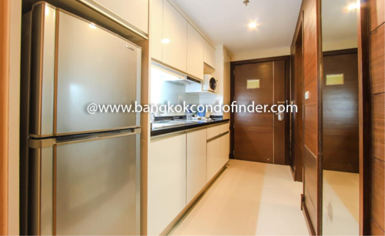 Bangkok Condo Finder Agency's Legacy Suites 3