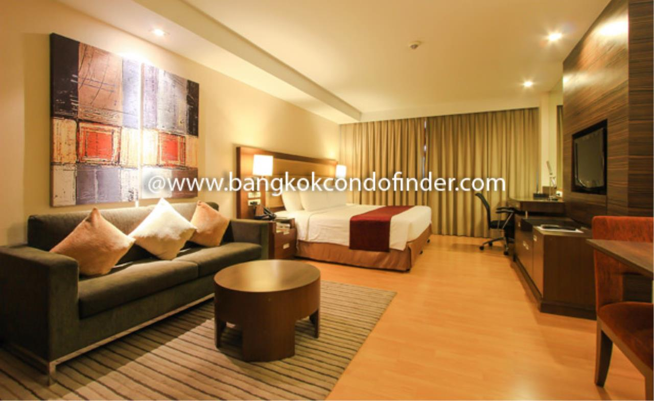 Bangkok Condo Finder Agency's Legacy Suites 1