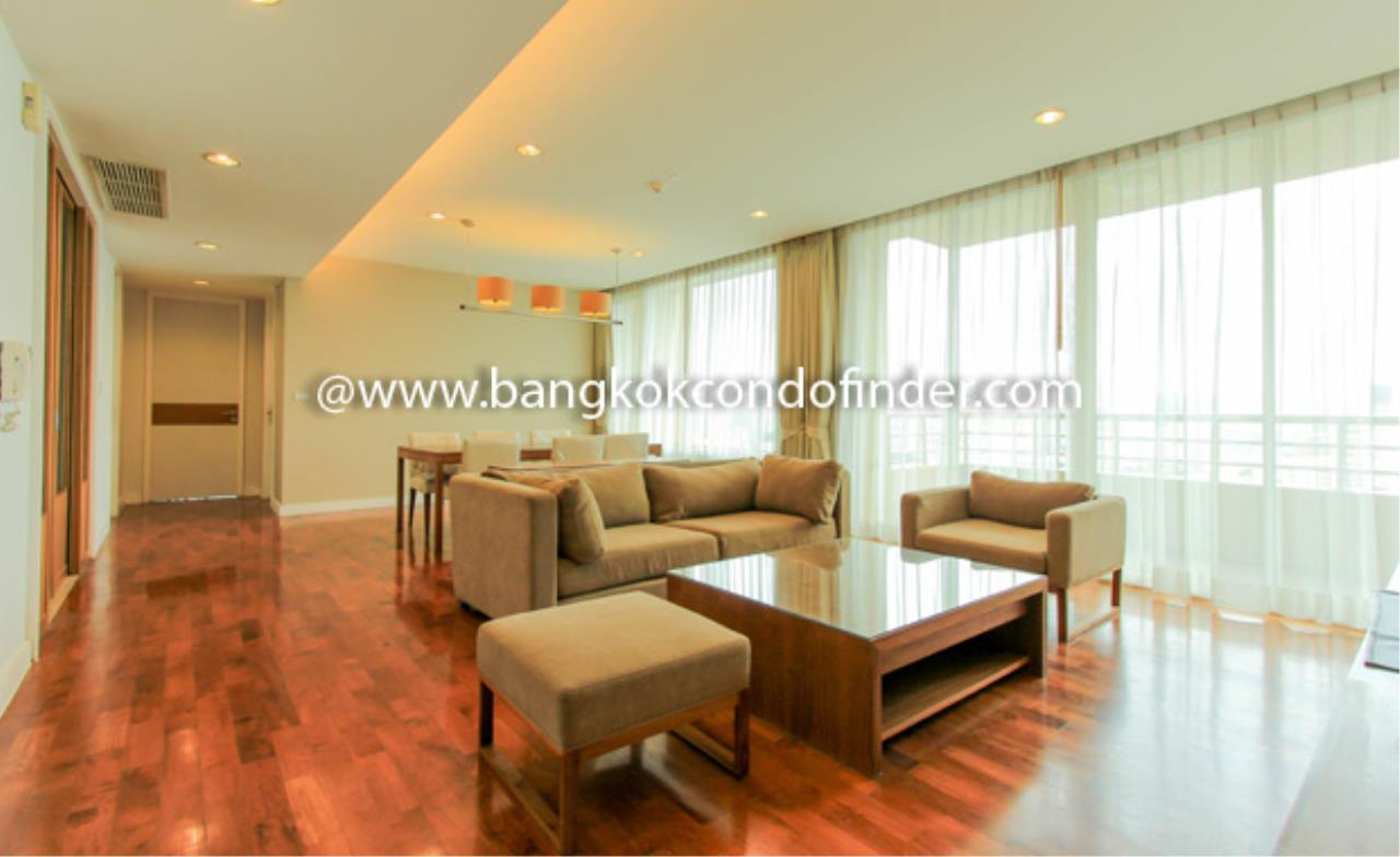 Bangkok Condo Finder Agency's Baan Jamjuree Condominium for Rent 1