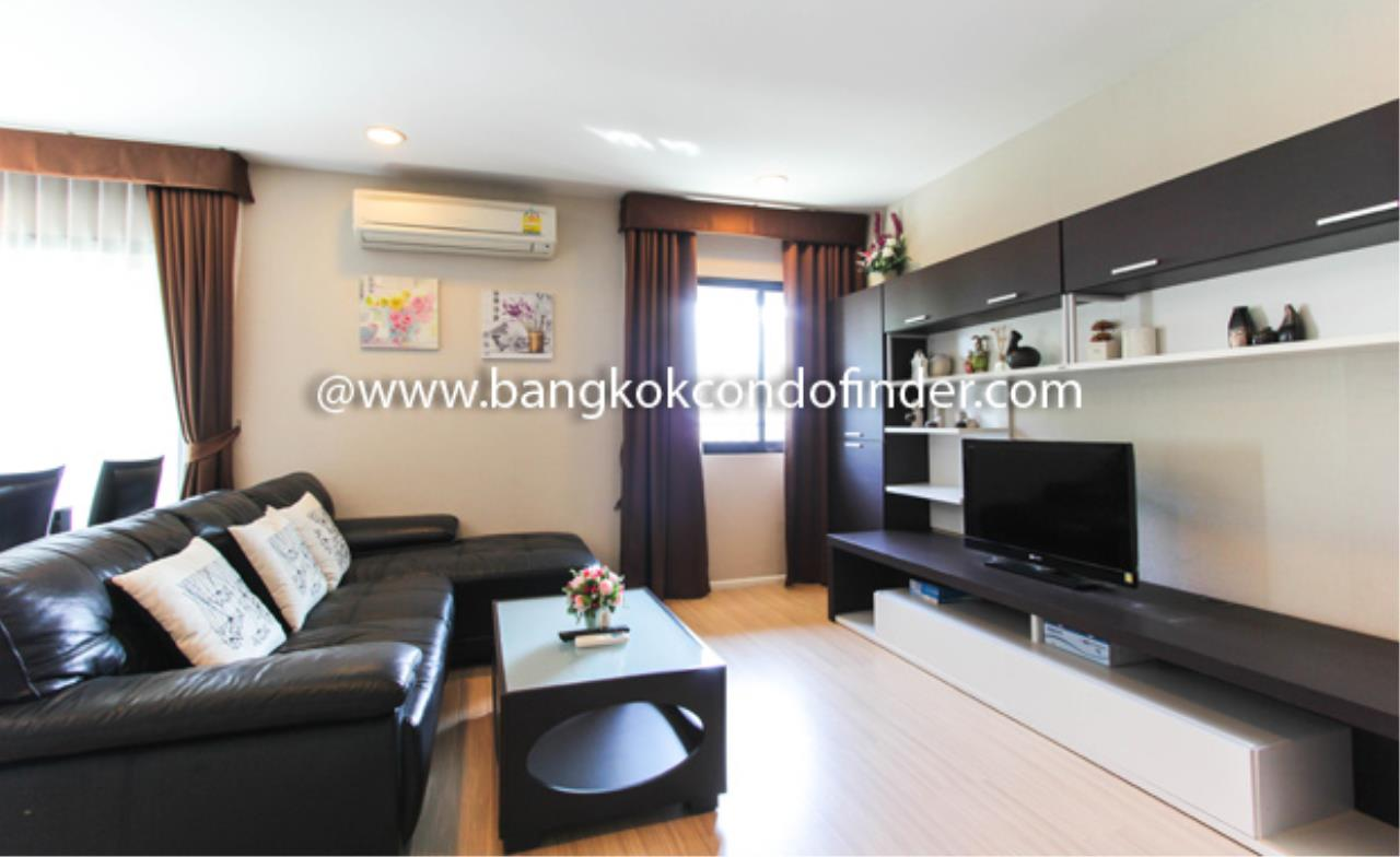 Bangkok Condo Finder Agency's Renova Residence Chidlom Condominium for Rent 1