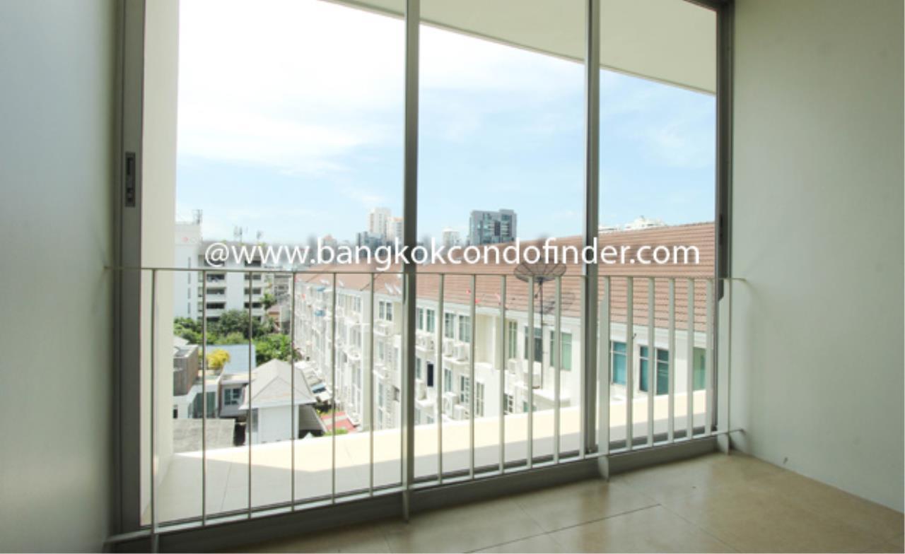 Bangkok Condo Finder Agency's Baan Bannawan Apartment for Rent 4