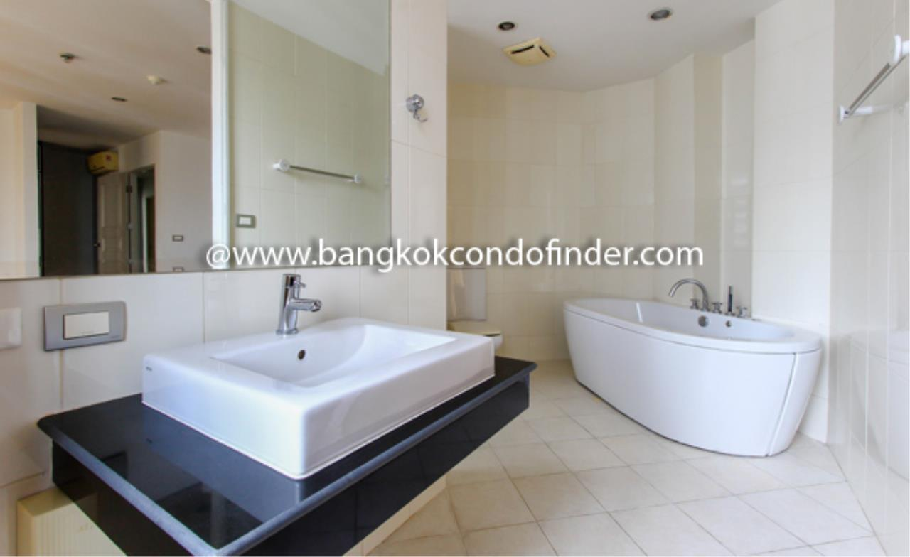 Bangkok Condo Finder Agency's The Master Centrium Condominium for Rent 2
