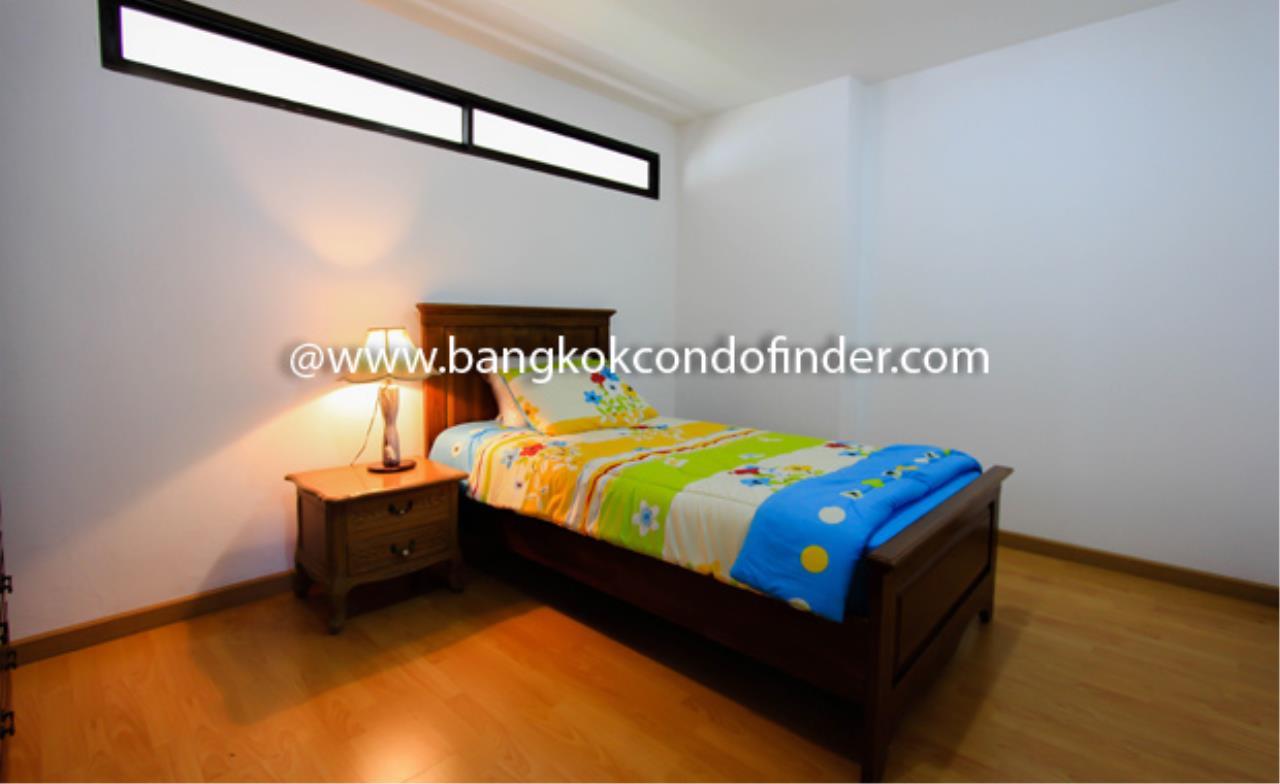 Bangkok Condo Finder Agency's Supalai Place Sukhumvit 39 Condominium for Rent 3