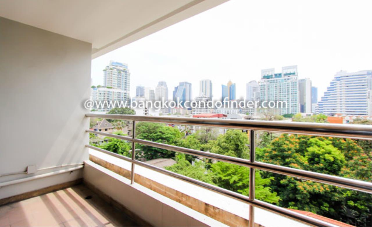 Bangkok Condo Finder Agency's Baan Sawasdee Apartment for Rent 6