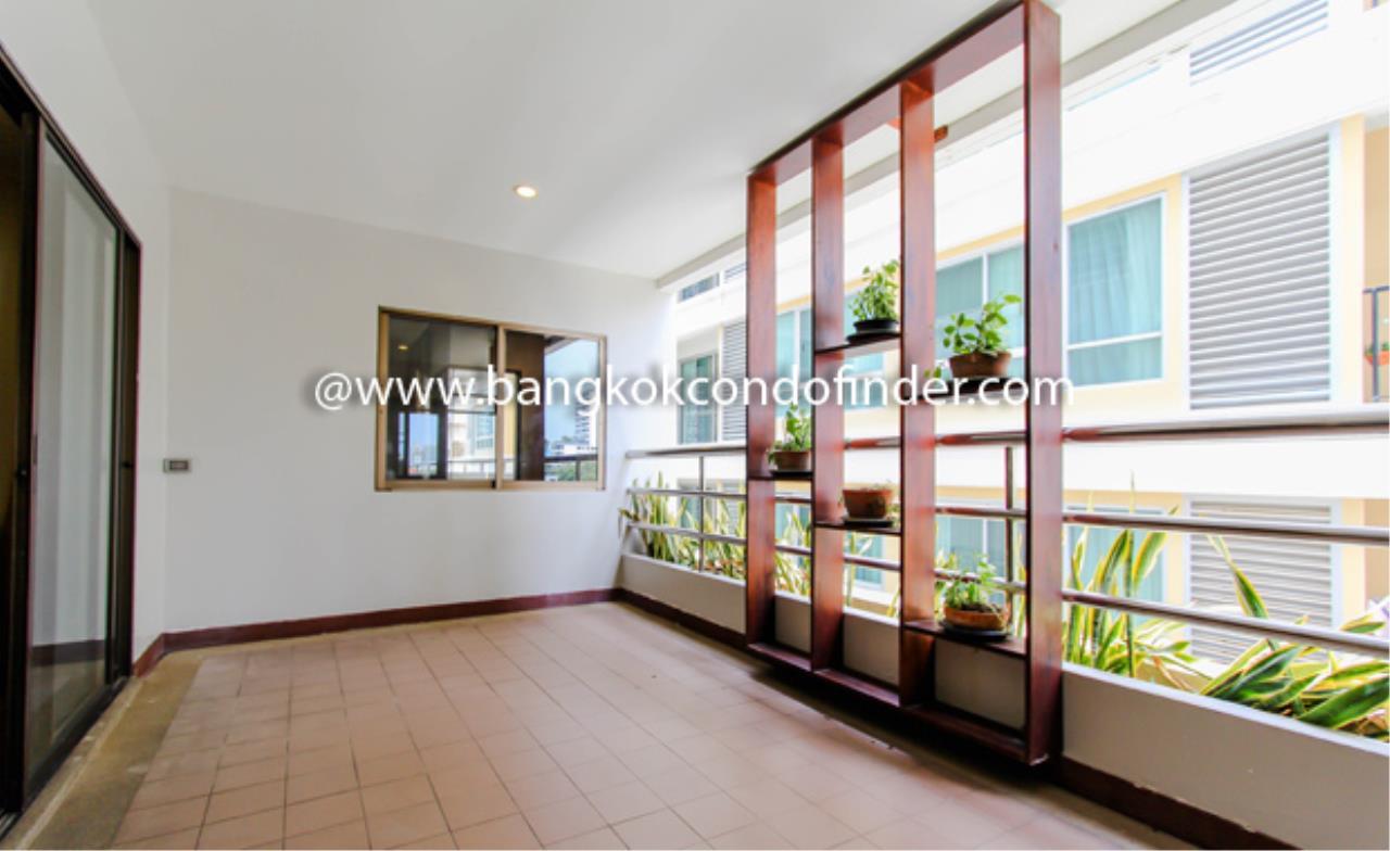 Bangkok Condo Finder Agency's Baan Sawasdee Condominium for Rent 6