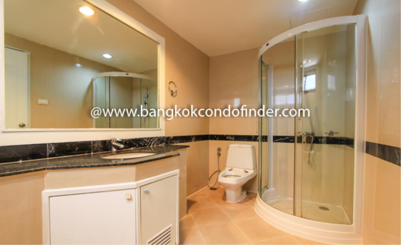 Bangkok Condo Finder Agency's Cosmo Villa Condominium for Rent 3
