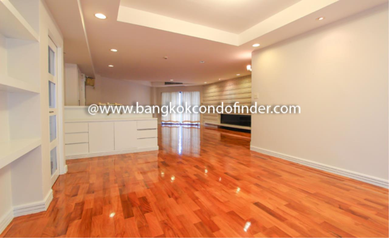 Bangkok Condo Finder Agency's Cosmo Villa Condominium for Rent 10