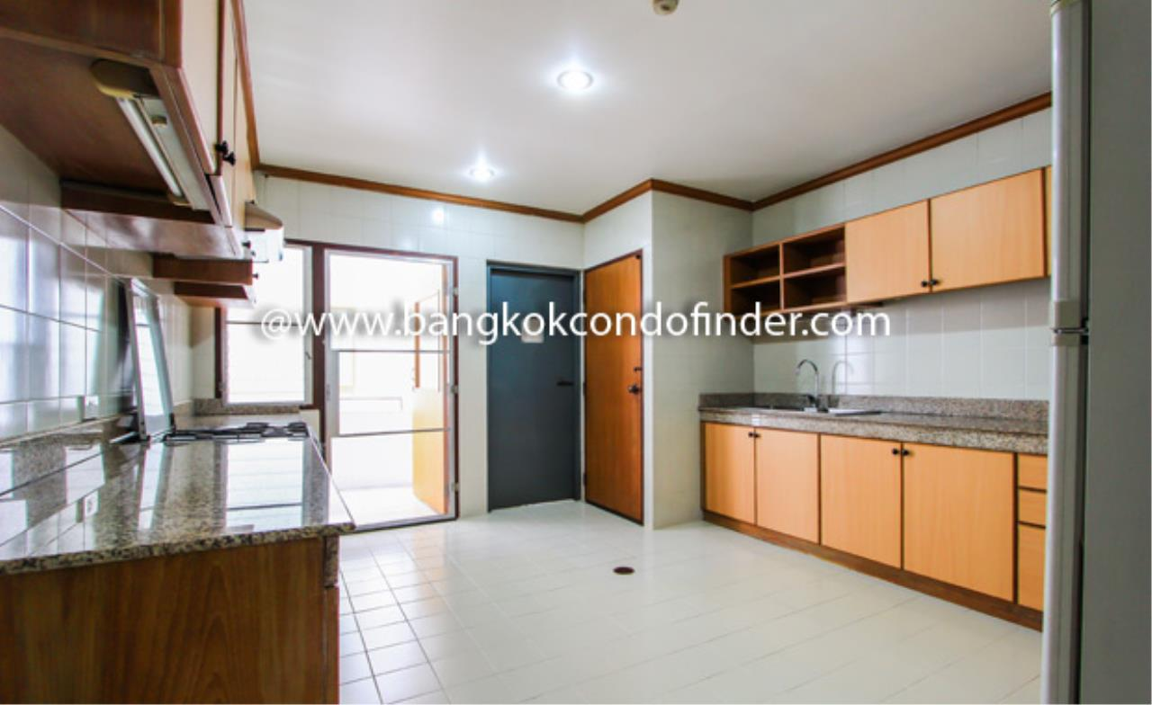Bangkok Condo Finder Agency's Nida Thonglor Apartment for Rent 5