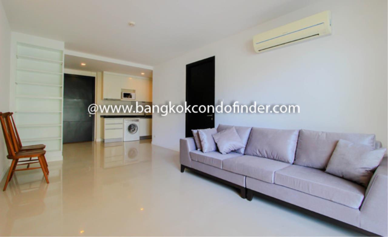 Bangkok Condo Finder Agency's O2Hip Condominium Condominium for Rent 4