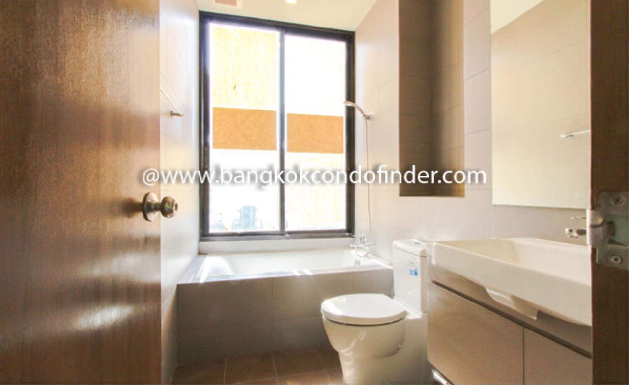 Bangkok Condo Finder Agency's Noble Revent Condominium for Rent 2