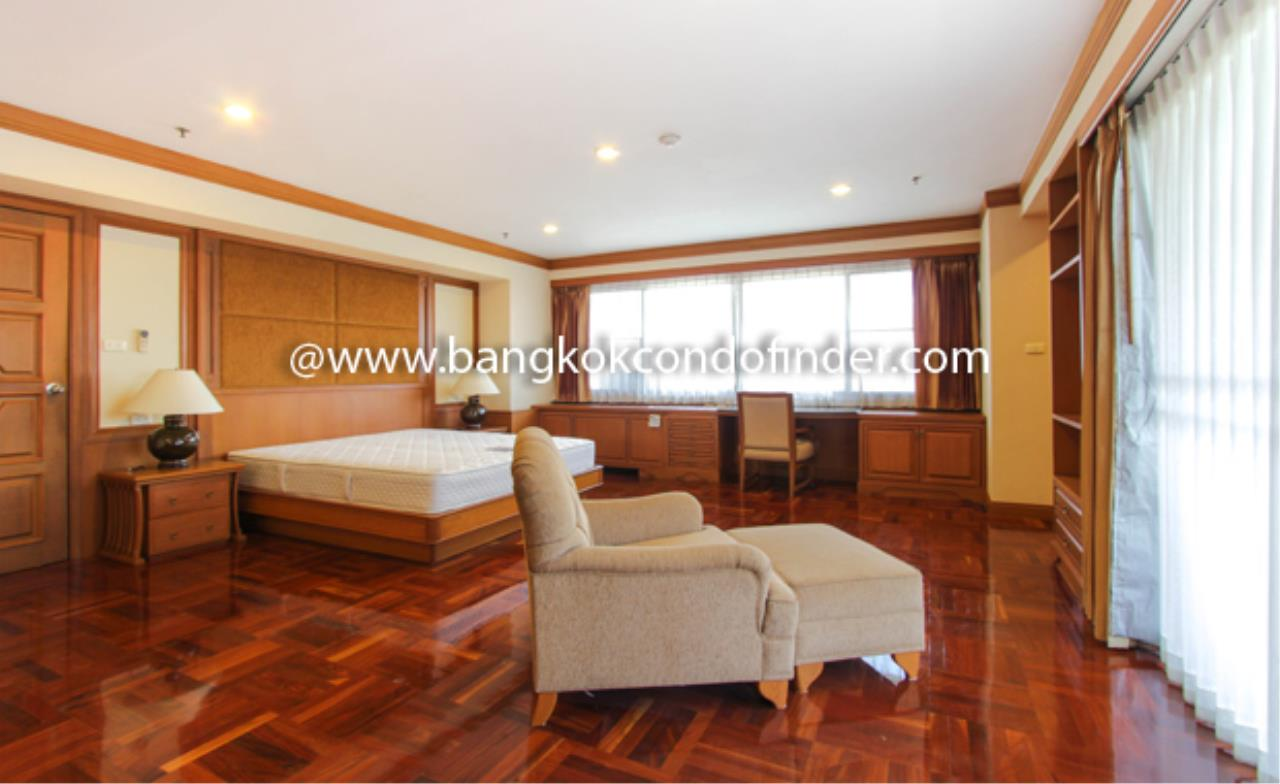 Bangkok Condo Finder Agency's Centre Point Phromphong Condominium for Rent 9