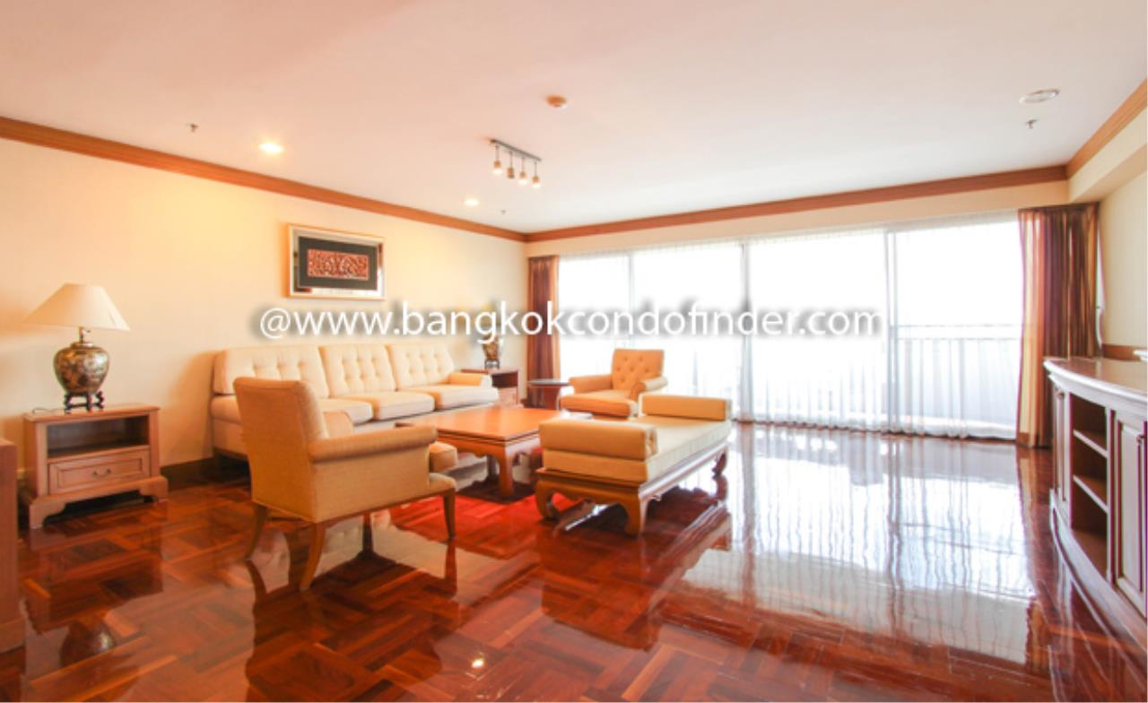 Bangkok Condo Finder Agency's Centre Point Phromphong Condominium for Rent 1