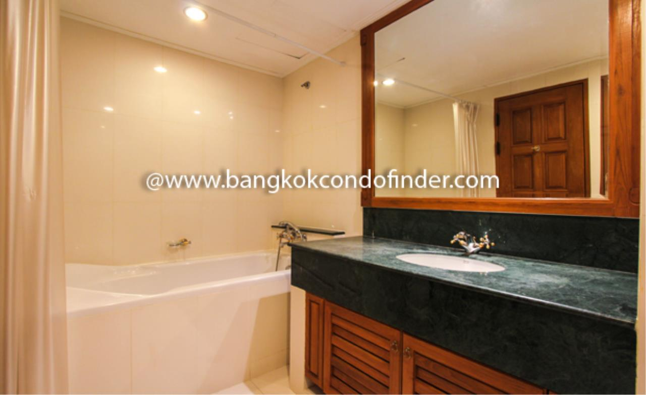 Bangkok Condo Finder Agency's Centre Point Phromphong Condominium for Rent 4