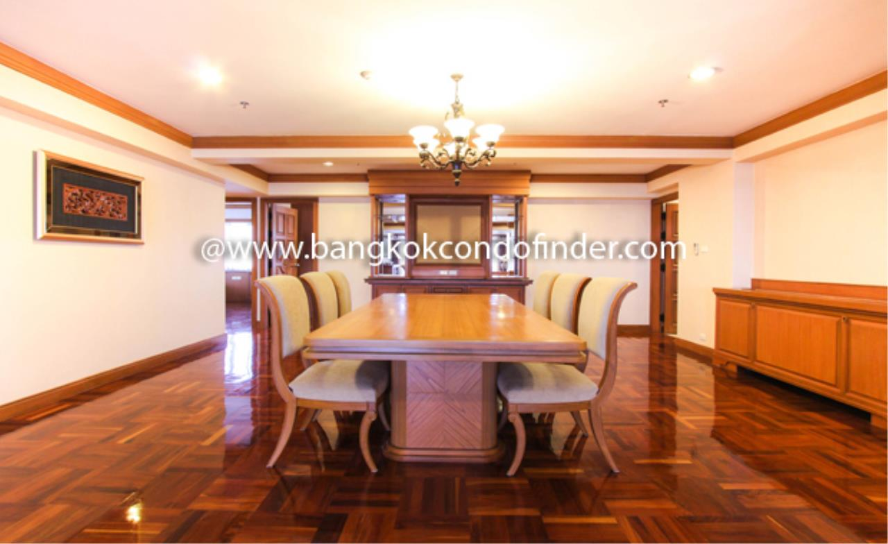 Bangkok Condo Finder Agency's Centre Point Phromphong Condominium for Rent 11