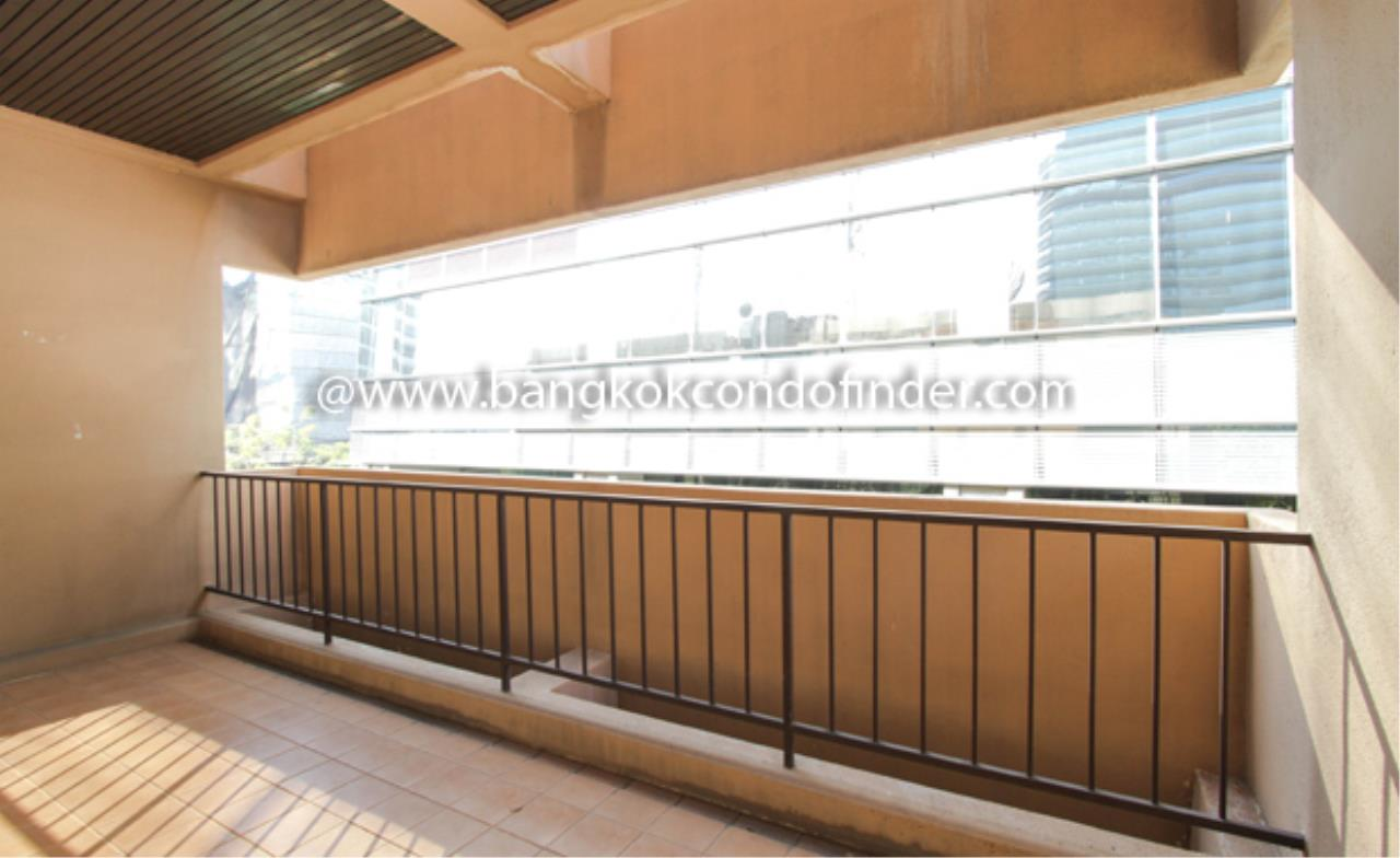 Bangkok Condo Finder Agency's Siri Apartment Condominium for Rent 2