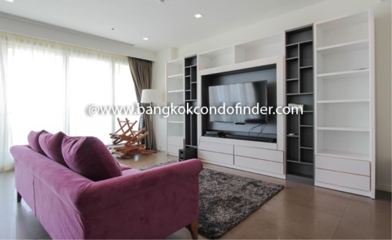 Bangkok Condo Finder Agency's The River Condominium Condominium for Rent 1