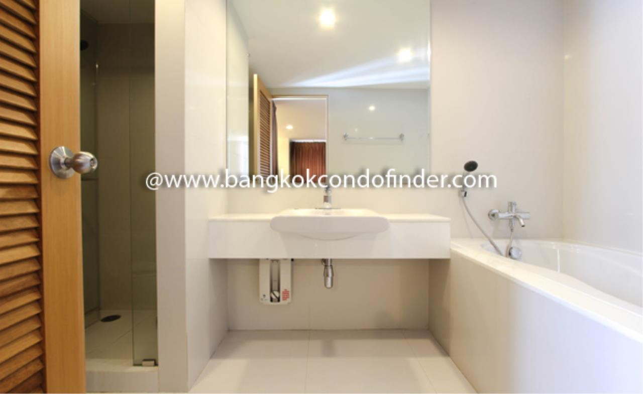 Bangkok Condo Finder Agency's Tropical Langsuan Condominium for Rent 4