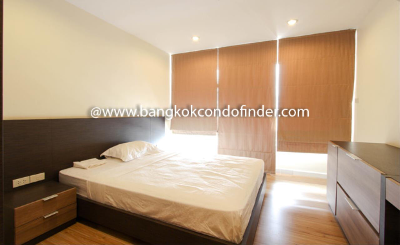Bangkok Condo Finder Agency's Tropical Langsuan Condominium for Rent 5