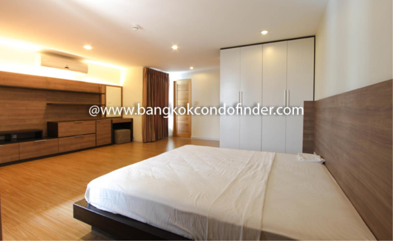 Bangkok Condo Finder Agency's Tropical Langsuan Condominium for Rent 6