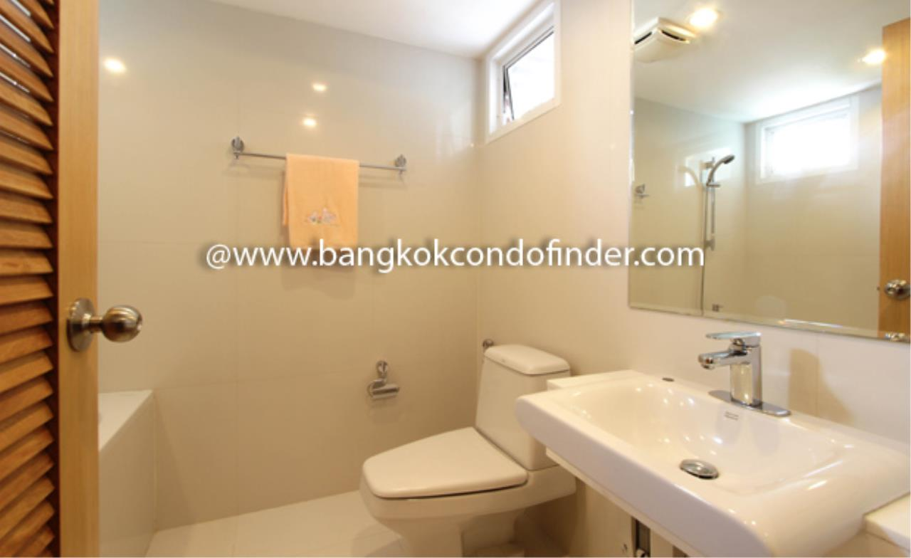 Bangkok Condo Finder Agency's Tropical Langsuan Condominium for Rent 4