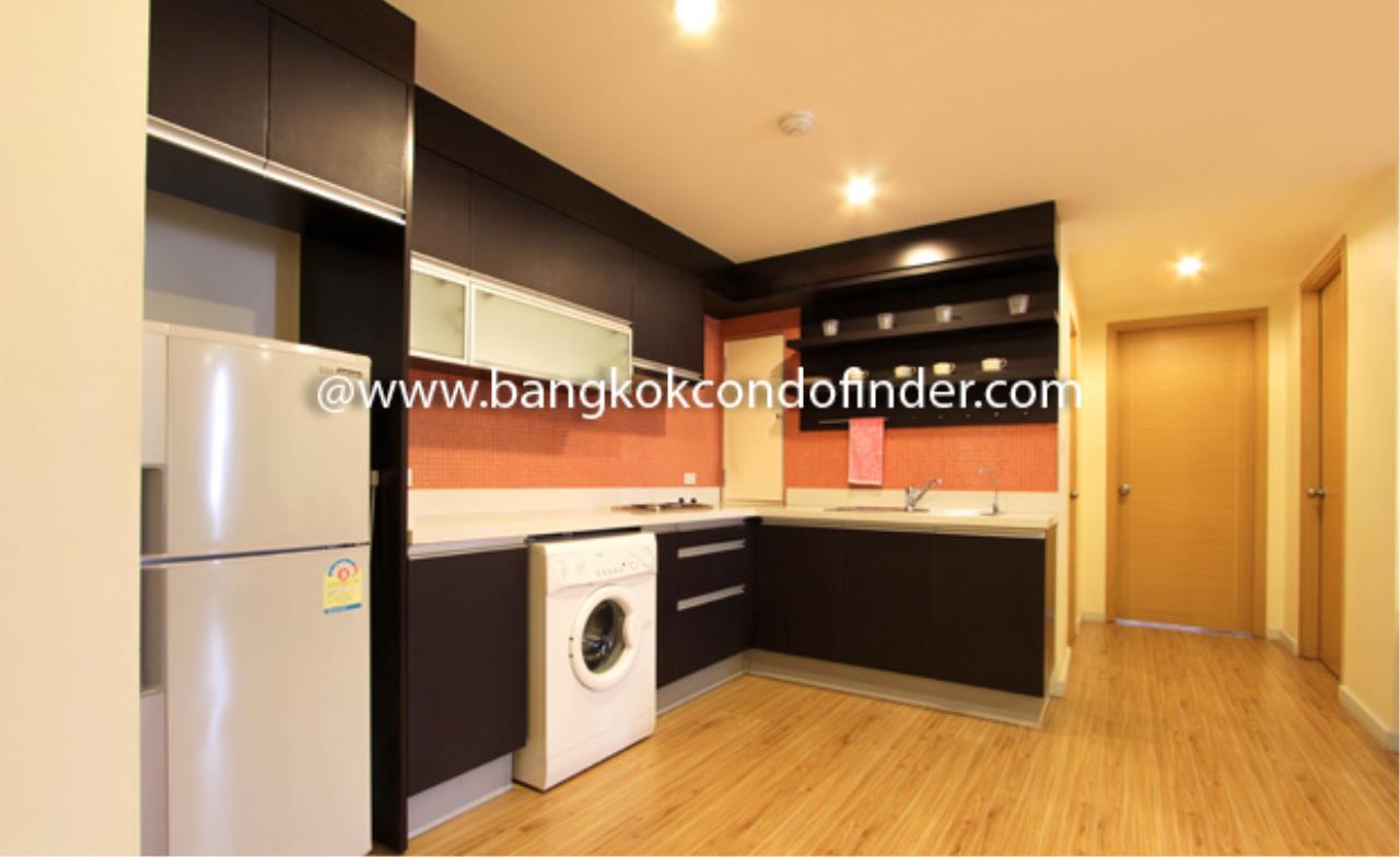Bangkok Condo Finder Agency's Tropical Langsuan Condominium for Rent 7