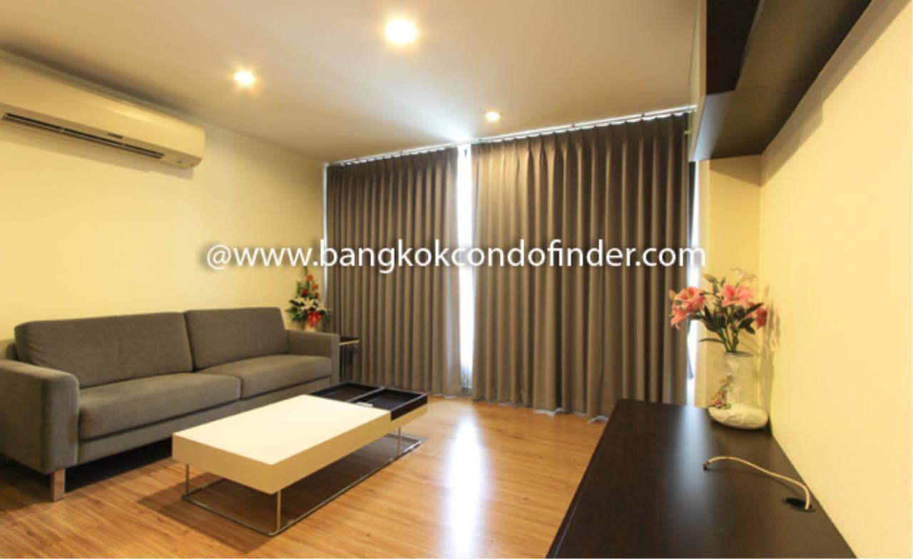 Bangkok Condo Finder Agency's Tropical Langsuan Condominium for Rent 1