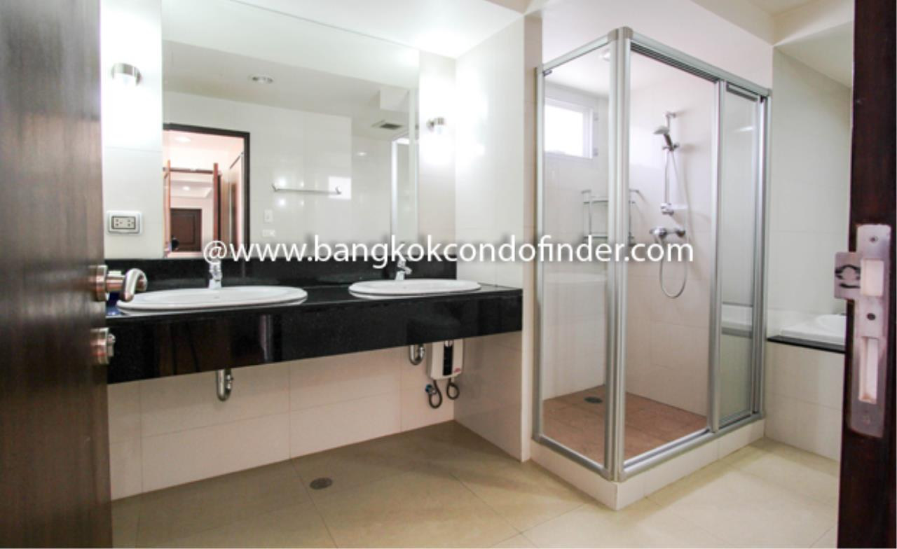 Bangkok Condo Finder Agency's Baan Sukhumvit 14 Apartment for Rent 3