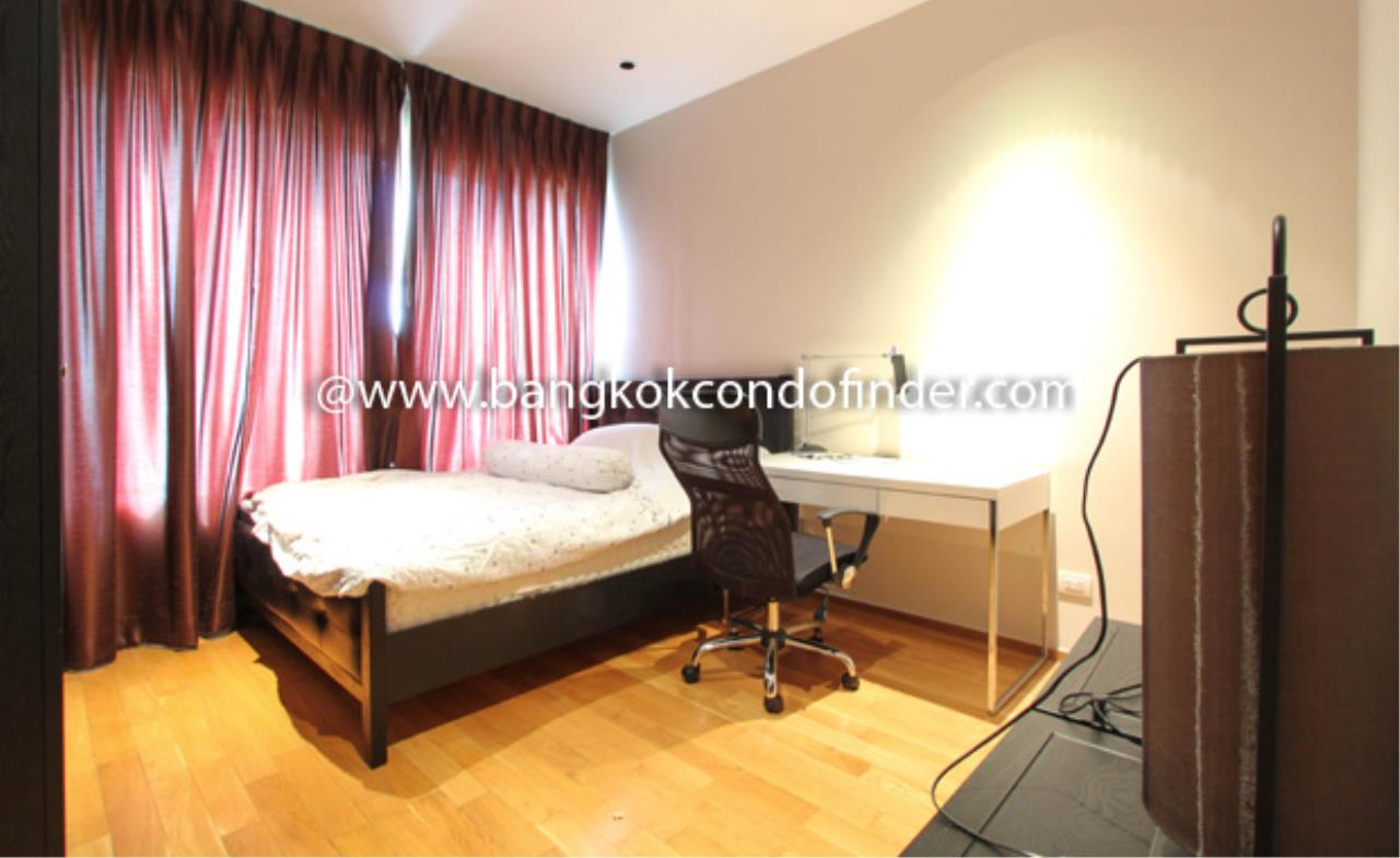 Bangkok Condo Finder Agency's The Emporio Place Sukhumvit 24 Condominium for Rent 6