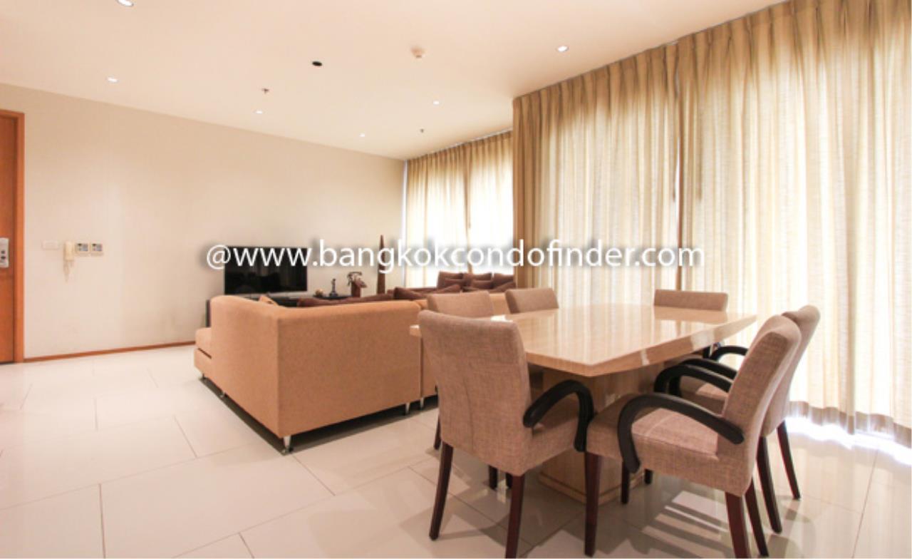Bangkok Condo Finder Agency's The Emporio Place Sukhumvit 24 Condominium for Rent 9