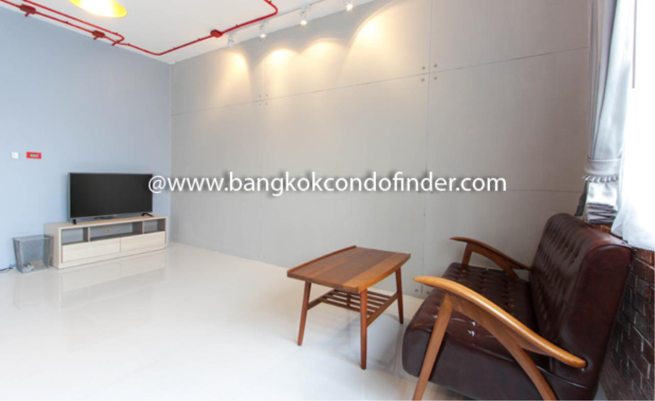 Bangkok Condo Finder Agency's APAI LOFT Apartment for Rent 6
