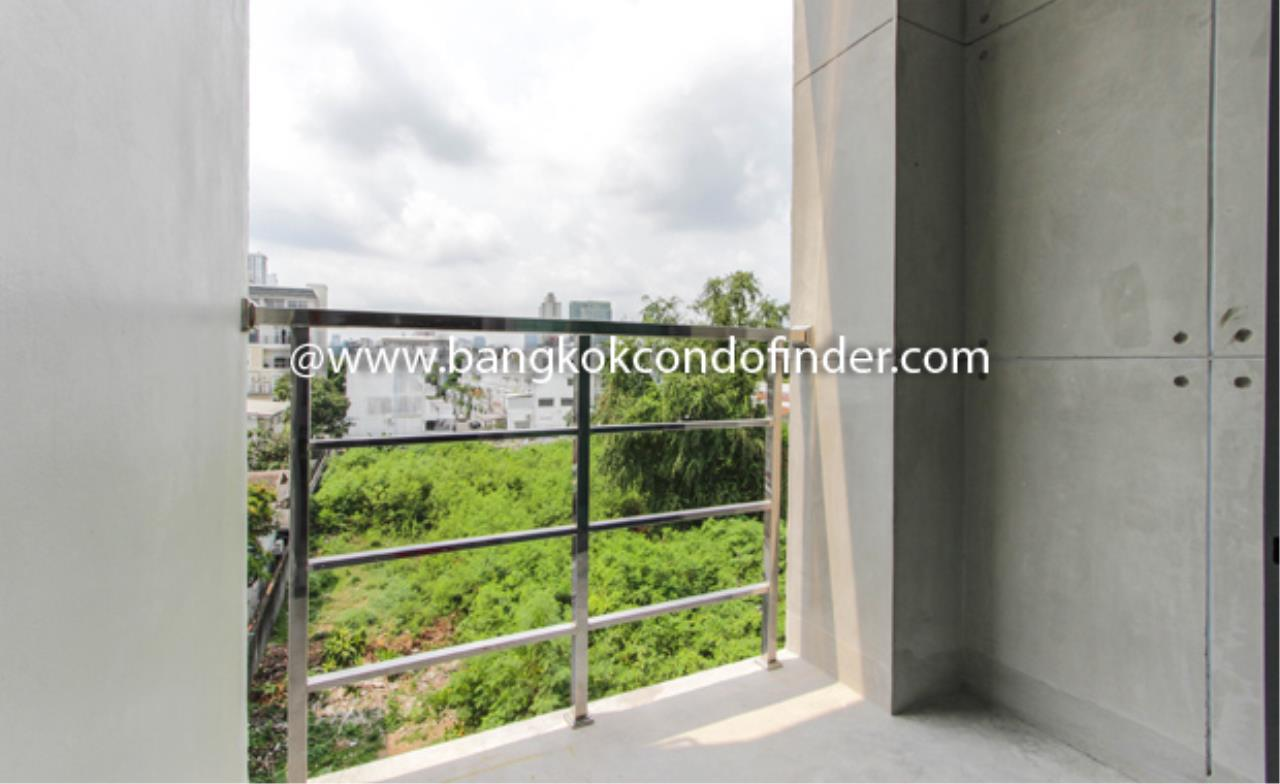Bangkok Condo Finder Agency's APAI LOFT Apartment for Rent 2