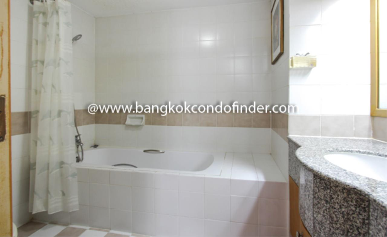 Bangkok Condo Finder Agency's Baan Chan Condominium for Rent 2
