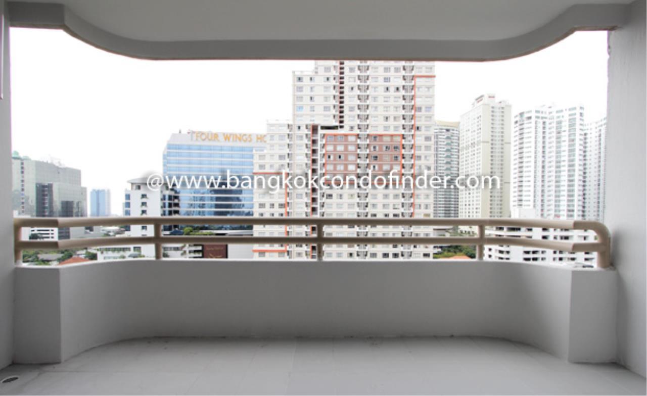 Bangkok Condo Finder Agency's Regent on the Park I Condominium for Rent 2