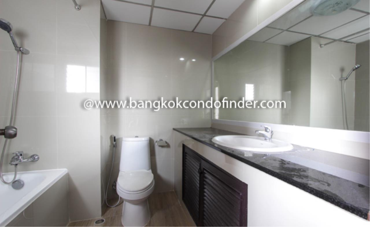 Bangkok Condo Finder Agency's Regent on the Park I Condominium for Rent 4