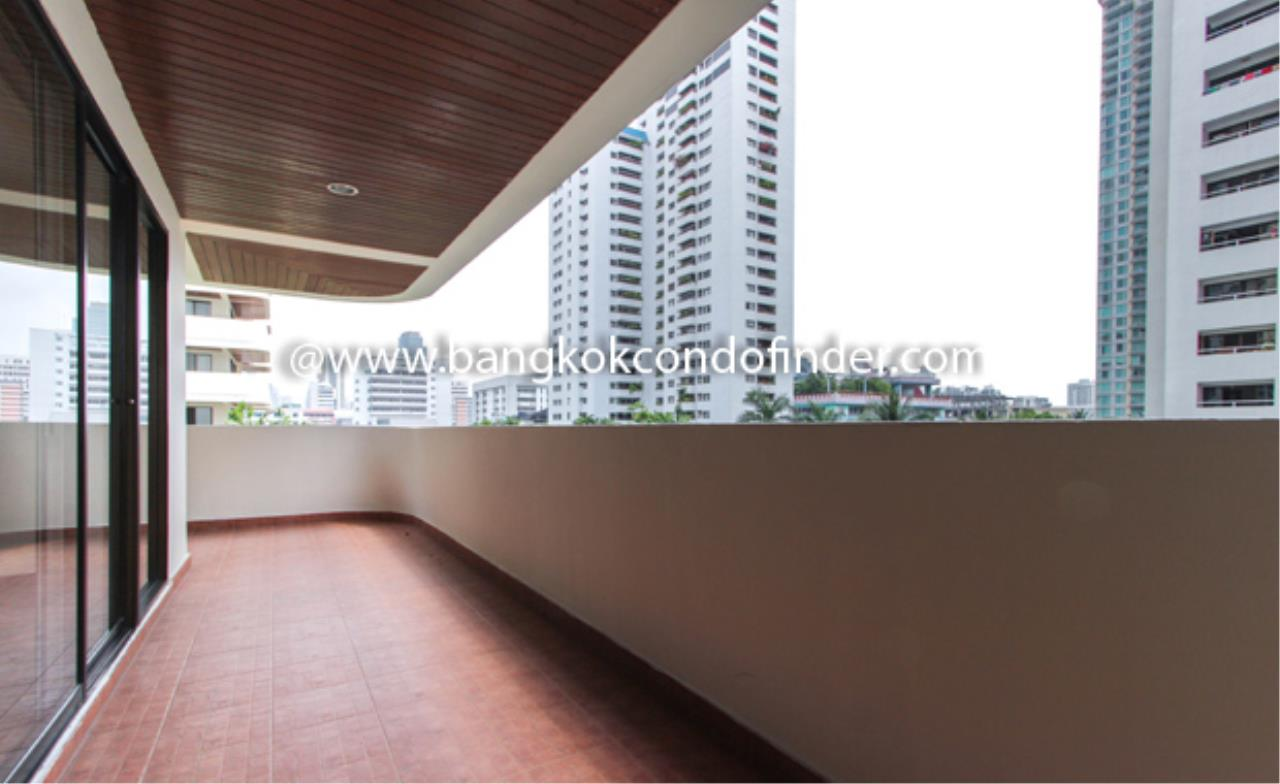 Bangkok Condo Finder Agency's Hawaii Tower Apartment for Rent 2
