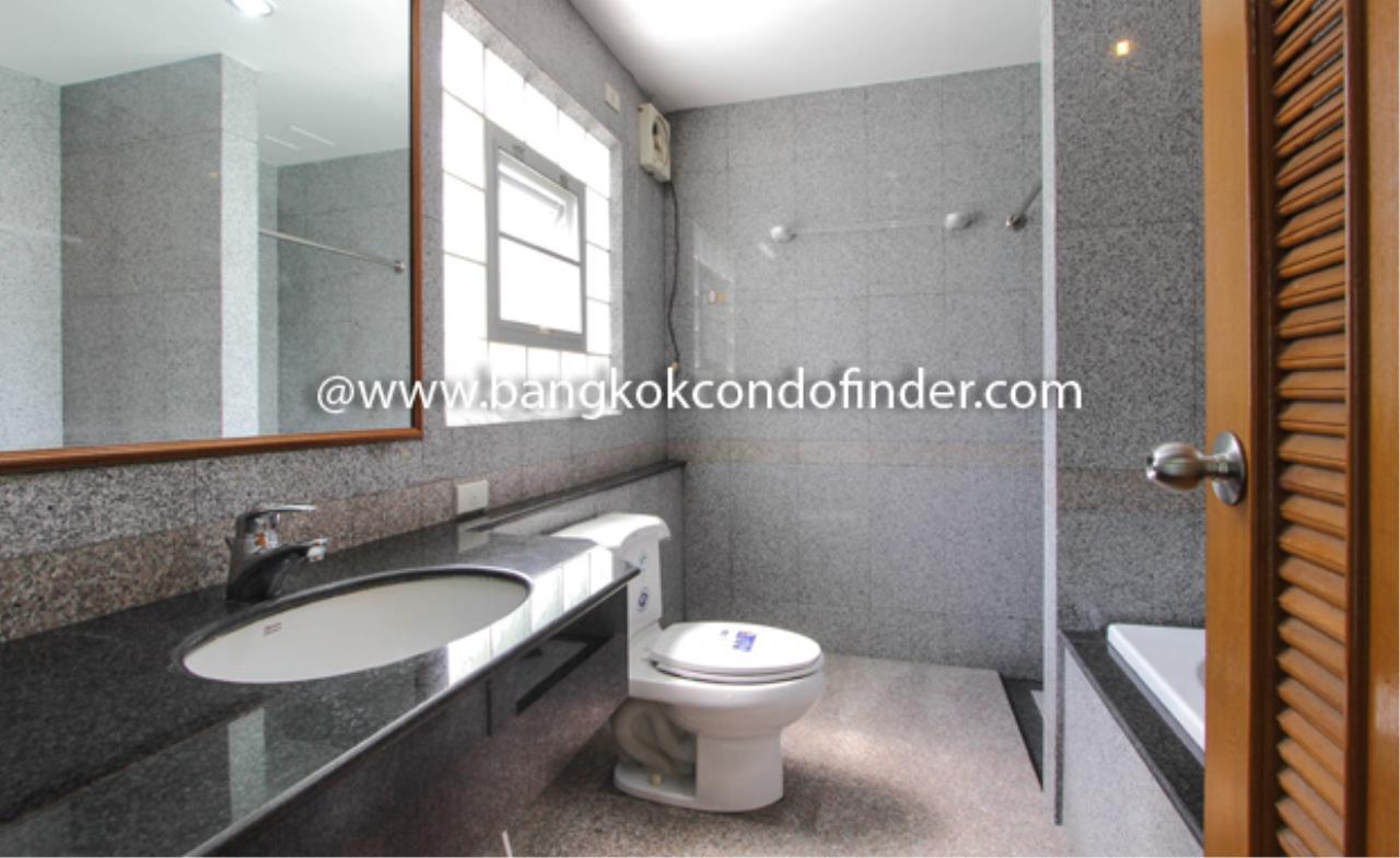 Bangkok Condo Finder Agency's Baan Wannapa Apartment for Rent 3