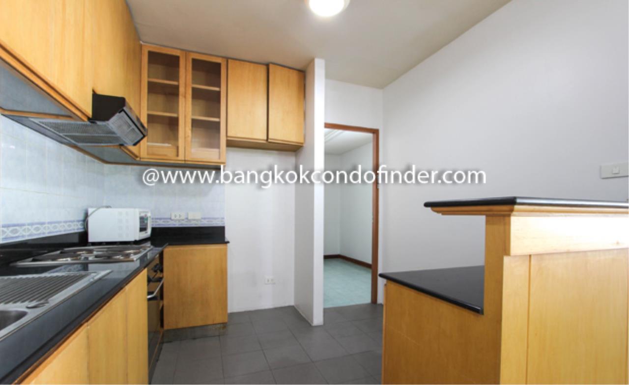 Bangkok Condo Finder Agency's Baan Wannapa Apartment for Rent 9
