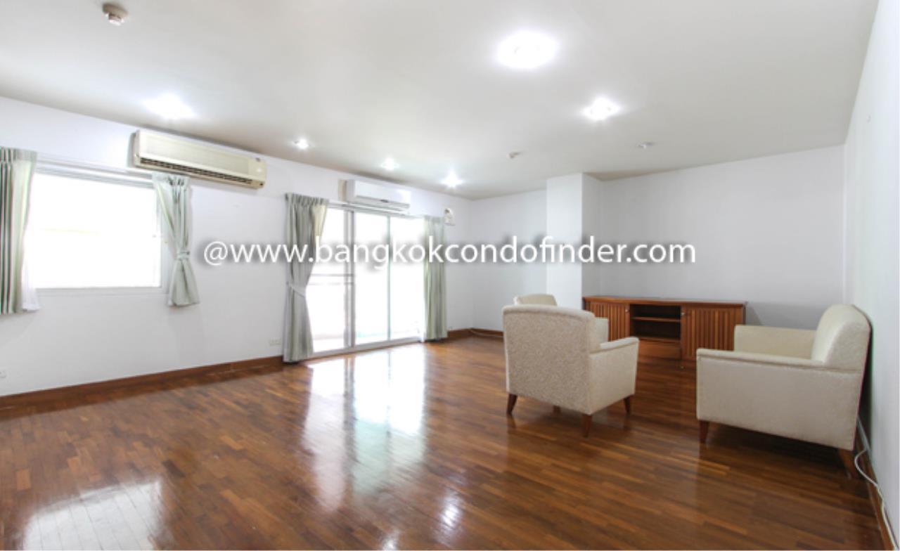 Bangkok Condo Finder Agency's Baan Wannapa Apartment for Rent 10