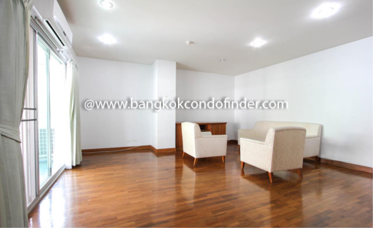 Bangkok Condo Finder Agency's Baan Wannapa Apartment for Rent 11