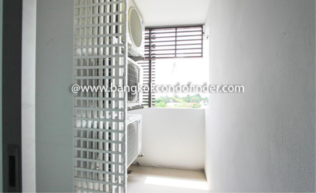 Bangkok Condo Finder Agency's PP Plus Mansion Condominium for Rent 2