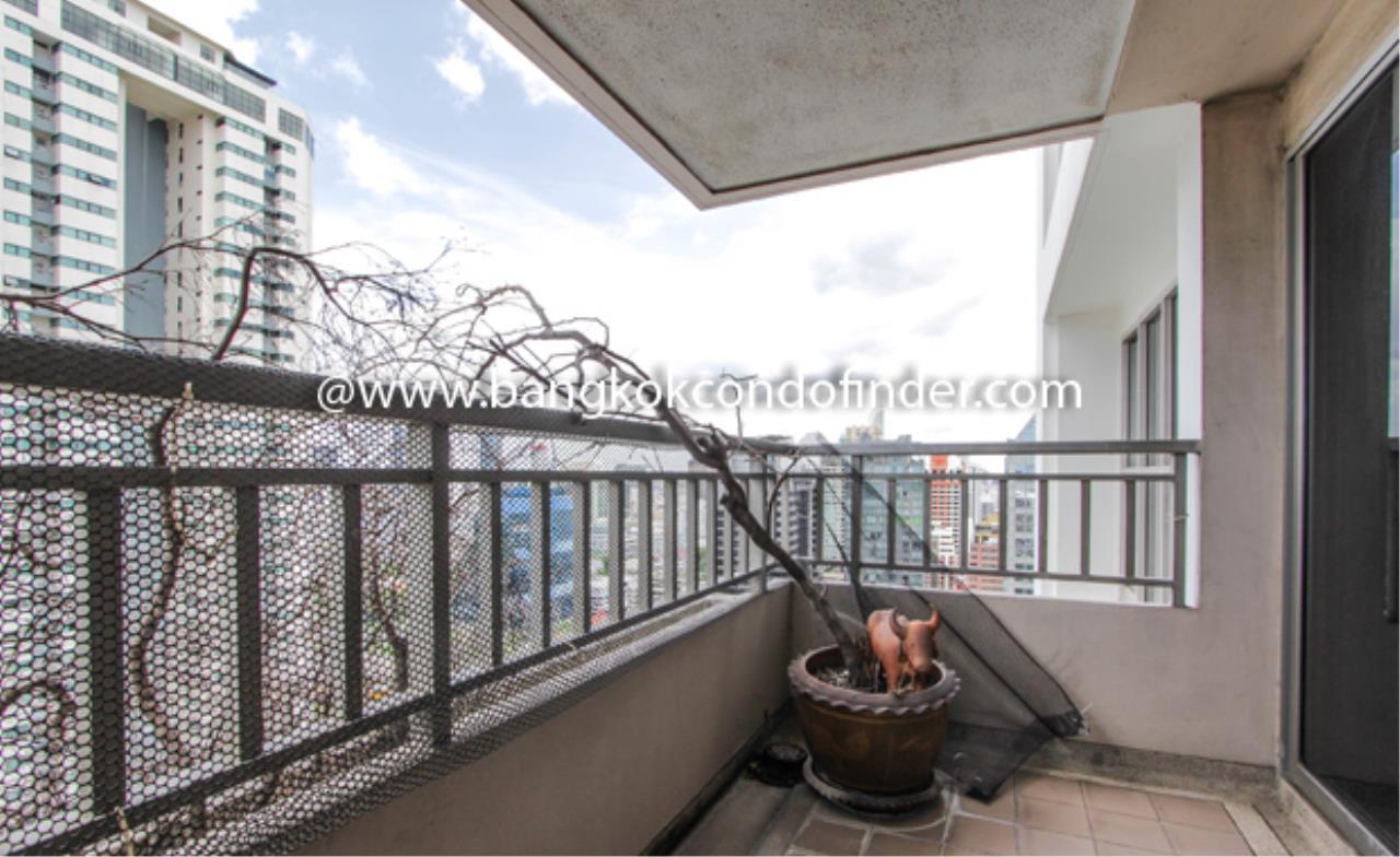 Bangkok Condo Finder Agency's Sathorn Park Place Condominium for Rent 2