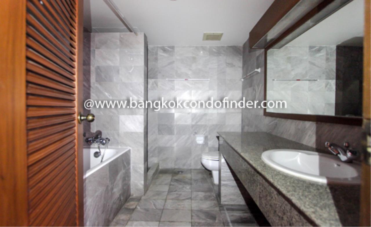 Bangkok Condo Finder Agency's Sathorn Park Place Condominium for Rent 4