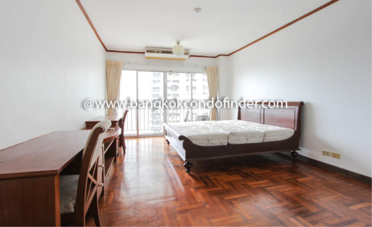 Bangkok Condo Finder Agency's Sathorn Park Place Condominium for Rent 8