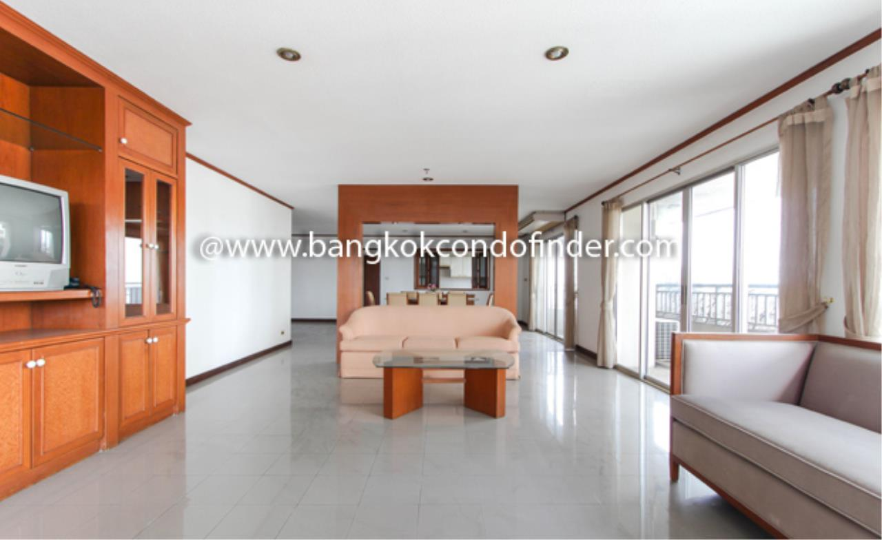 Bangkok Condo Finder Agency's Sathorn Park Place Condominium for Rent 1