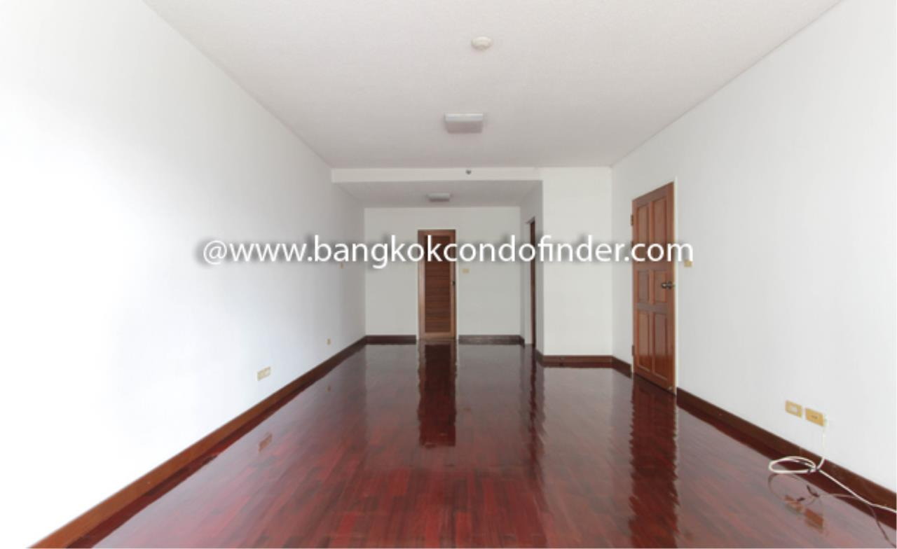 Bangkok Condo Finder Agency's Sathorn Park Place Condominium for Rent 4