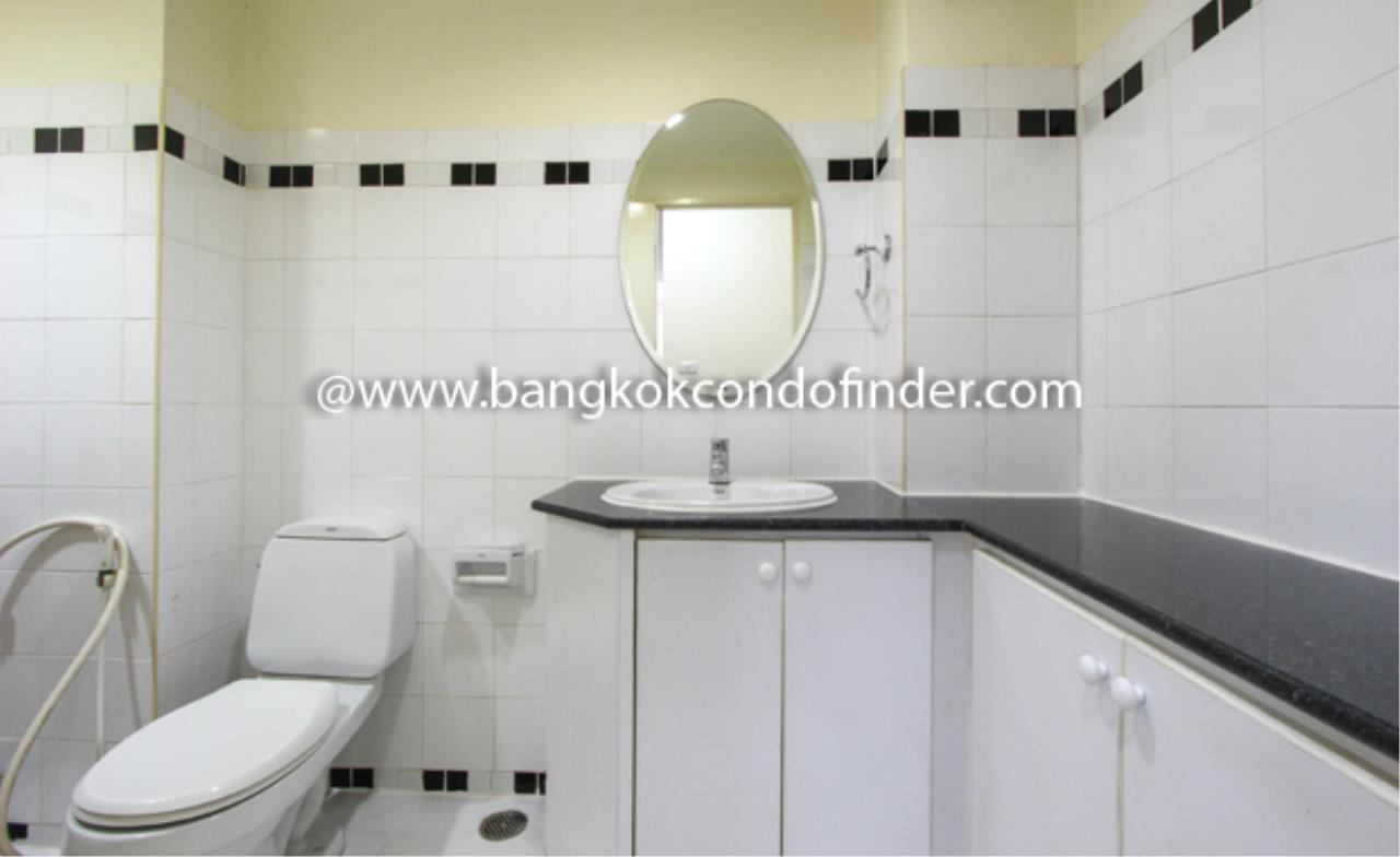 Bangkok Condo Finder Agency's Lily House Apartment Condominium for Rent 4